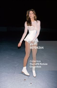 ice skating modeling | Sports Entertainment News Archival photos Editorial collections