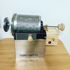Coffee Roaster - Coffee Tips: You Can Use This Information Coffee Truck, Coffee Cafe, Iced Coffee, Coffee Shop, Coffee Mugs, Coffee Machine Best, Best Coffee, Community Coffee, Coffee Brewer