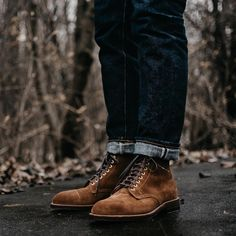 Alden x Brick + Mortar (@brickmortarseattle ) Snuff Suede captoe boot on this rainy day. Grant last, 360 flat welt with antique edges, brass eyelets, double Waterloc soles. Photo from @marvaments Follow @runnineverlong on Instagram for more inspiration #boots #denim #alden #suede