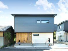 Village House Design, Village Houses, House Tokyo, Muji Home, Minimal Architecture, Sims 4 Build, Minimalism, Loft, Gallery