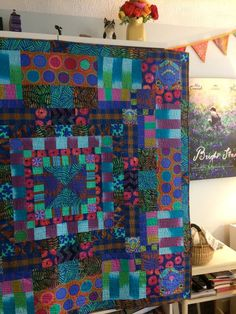 Beautiful Quilt Patterns Using Kaffe Fassett Fabric – Quilt Design Creations Quilting Projects, Quilting Designs, Sewing Projects, Flag Quilt, Quilt Art, Elephant Quilt, Striped Quilt, Quilt Modernen, Colorful Quilts