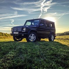 Mercedes-Benz G-Class in his territory. Photo by @rafael__weinberger #mercedes #mercedesbenz #gclass #offroad #sunset #green