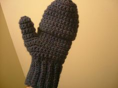 crocheted convertible mittens pattern for boys and men.