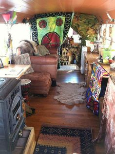 ☮ American Hippie Bohéme Boho Lifestyle ☮ Renovated School Bus
