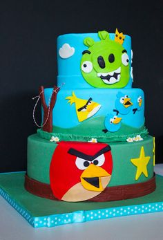 Angry Birds Cake- what a better way to decorate your party than with a super cool cake!! @fngnovelties