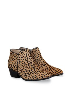 Mandel - Boots in up to 21 calf sizes, shoes & ankle boots in 3 widths. Beautifully Tailored Design.