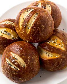PRETZEL ROLLSReally nice recipes. Every hour.Show me what you  Mein Blog: Alles rund um Genuss & Geschmack  Kochen Backen Braten Vorspeisen Mains & Desserts!