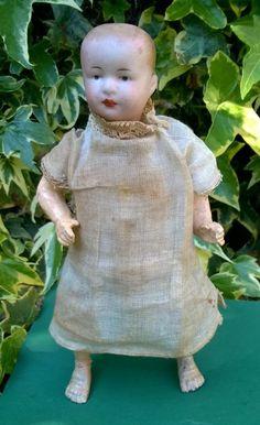 VIDEO Gebruder Heubach clockwork automaton walking doll works Germany 1900 #Heubach Walking, Videos, Garden Sculpture, Germany, Ebay, Dolls, Antique, Baby Dolls, Puppet