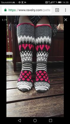 Ravelry: Viiden ohjeen paketti pattern by Mia Sumell Diy Crochet And Knitting, Knit Mittens, Crochet Slippers, Knitted Blankets, Loom Knitting, Knitting Socks, Baby Knitting, Knitted Hats, Knitting Patterns