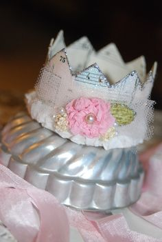 paper embellished crown...so cute!