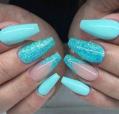 Oct 2017 - Tiffany Blue Nails glitter ✨ summer nails Blue Glitter Nails, Blue Acrylic Nails, Summer Acrylic Nails, Summer Nail Polish, Mint Green Nails, Nails Polish, Fancy Nails, Pretty Nails, Tiffany Blue Nails