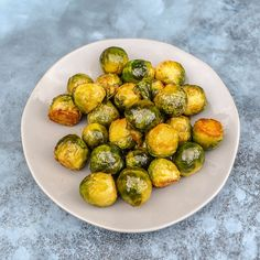 Marmite Sprouts - Pinch Of Nom Slimming Recipes Slow Cooker Slimming World, Slimming World Recipes Syn Free, Roasted Sprouts, Sprouts With Bacon, Marmite Recipes, Vegetarian Side Dishes, Veggie Dishes, Sprout Recipes, Vegetable Recipes