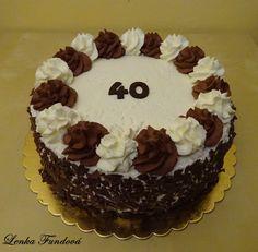 :) Alex Sandro, Cupcake Cakes, Cupcakes, Butter Icing, Easy Cake Decorating, Black Forest, Cream Cake, Red Velvet, Deserts