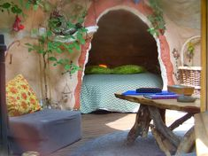 inside kerterre You are in the ideal spot about hippie home decor tiny property Right here we give y Maison Earthship, Earthship Home, Pretty Room, Hippie Home Decor, Aesthetic Room Decor, Dream Decor, Dream Rooms, Cool Rooms, My New Room
