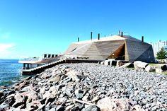 この夏、フィンランドの首都ヘルシンキからアーキペラゴ(群島)を望む海岸線に、内外の観光客を狙ったサウナ施設「Loyly Helsinki(ロウリュ・ヘルシンキ)」がオープンした。