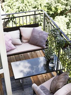Perfectly Petite Patios, Balconies & Porches: The Most Inspiring Seriously Small Outdoor Spaces Compact furniture means that this small balcony from Marie Claire Maison still has plenty of seating. Small Balcony Design, Small Balcony Garden, Balcony Ideas, Small Balconies, Patio Ideas, Balcony Bench, Small Terrace, Balcony Plants, Balcony Door