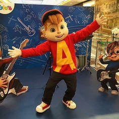 Mais alguém com uma cria de 5 anos enlouquecida para encontrar o Alvin, que anda marcando presença lá no #ShoppingAnáliaFranco?! ❤️