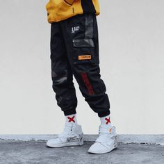 Men's Side Pockets Cargo Harem Pants Hip Hop Casual Male Tatical Joggers Trousers Fashion Casual Streetwear Pants Product specifications: Brand Moda Cyberpunk, Pantalon Streetwear, Streetwear Fashion, Ropa Hip Hop, Fashion Pants, Mens Fashion, Street Fashion Men, Fashion Guide, Fashion Fashion