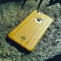 Basking in the sun while using protection Smartphone News, Instagram Feed, Iphone Cases, Sun, Lifestyle, Iphone Case, I Phone Cases, Solar