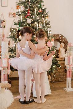 Sunday Grenadine - Page 4 sur 22 - Le blogzine lifestyle de toute la Famille Girls Dresses, Flower Girl Dresses, Ballet, Wedding Dresses, Freedom, Collection, Lifestyle, News, Fashion