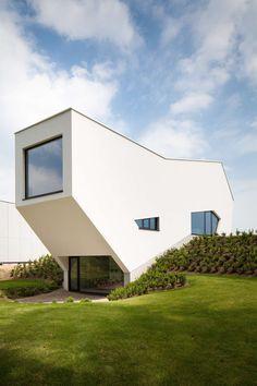 Folding house on Architizer