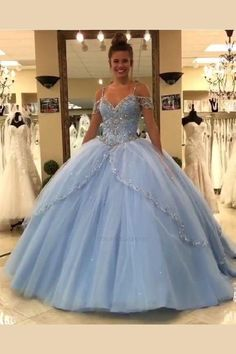 d2170dcc465 275 Best prom dresses images in 2019