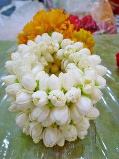 Thai Garlands, Melati Putih, Daily Offering, Jasmine Garlands, Thai Flowers Design Art, Thailand Garlands, Thai Mala