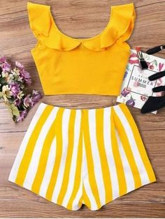 Ruffle Striped Shorts Two Piece Set – Mode für Frauen Cute Girl Outfits, Cute Summer Outfits, Cute Casual Outfits, Kids Outfits, Girls Fashion Clothes, Teen Fashion Outfits, Girl Fashion, Moda Fashion, Crop Top Outfits