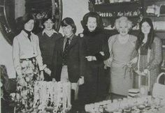 Lady Diana with her sister Sarah, brother Charles, stepmother Raine, step grandmother Barbara Cartland, and step sister at Althorp
