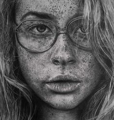 Malaysian artist MONICA LEE has decided to become an illustrator after 12 years of work in the digital art. With a pencil, she draws amazing detailed and realistic illustrations of freckled girls, bearded men and animals. She is inspired by the work of Marteline Nystad, Dirk Dzimirsky and Paul Cadden.