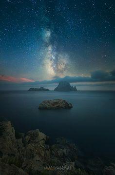 'Day into night' otra fotografía impresionante de José Antonio Hervas. Photo by @JoseHervasMora #esvedrà #Ibiza #Eivissa