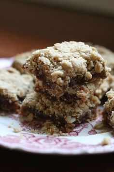 Date bars -- I grew up with a recipe for date bars that I have been trying to find for a very long time. This looks like it could be it. Cookie Desserts, Cookie Bars, Just Desserts, Cookie Recipes, Dessert Recipes, Bar Cookies, Fruit Recipes, Dessert Ideas, Breakfast Recipes