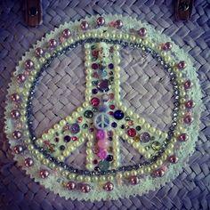 Frontal simbolo paz