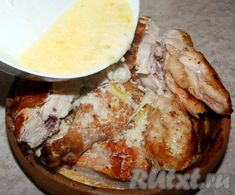 Полученным соусом залить кусочки курочки. Camembert Cheese, Chicken Recipes, Food And Drink, Cooking Recipes, Beef, Georgia, Meat, Easy Meals, Food And Drinks