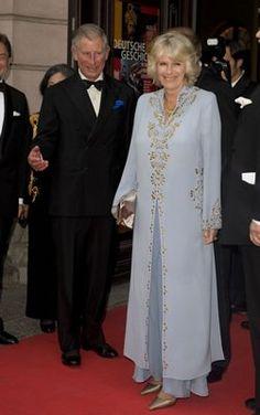 Prince Charles and Camilla, Duchess of Cornwall Windsor, Prince Charles And Diana, Camilla Duchess Of Cornwall, Royal Uk, Camilla Parker Bowles, Elisabeth Ii, Muslim Dress, Princess Margaret, Herzog