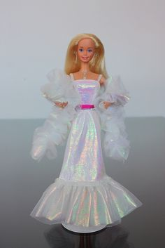 Barbie Crystal - 1983 -  o my gosh this brought bk so many memories . This was my favorite Barbie and I wasn't a big Barbie fan.