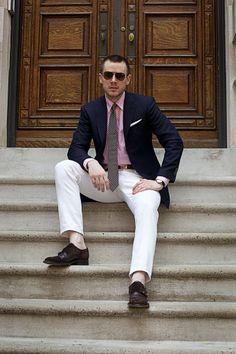 White pants, pink shirt, blue blazer, striped tie. Got it.  #men #fashion #style
