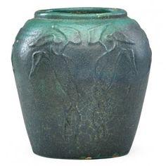 ZARK Vase With Leaves Pottery Ideas, Pottery Art, Colour Board, Arts And Crafts Movement, Art Decor, Art Nouveau, Auction, University, Porcelain