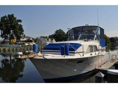 1974 Chris Craft 35 ft catalina Aft cabin powerboat for sale in New York Chris Craft Boats, Power Boats For Sale, Motor Yacht, Beach Fun, New York, Cabin, Building, Crafts, Travel