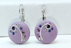 Polymer Clay Purple earrings with crystal clay  di TreasureStory