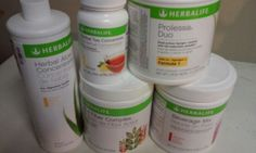 This combo works for me in its own special way  Bikini in a bottle Tea and aloe apple fiber Prolessa shots Fatflush I always keep these product #herbalifefuelsme Www.goherbalife.com/lissetterivera