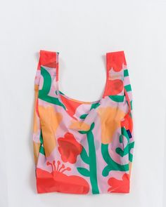Not your average reusable grocery bags. Our best selling ripstop nylon bag designed as a reusable shopping bag, easily adaptable as a colorful tote bag. Reusable Shopping Bags, Reusable Bags, Plastic Grocery Bags, Nylon Bag, Look Cool, Bunt, Sewing Projects, Pouch, Purses