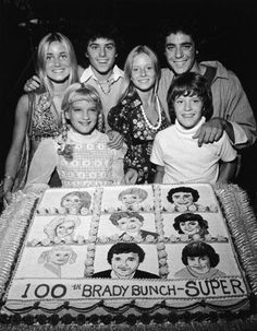Brady Bunch 100th episode (that CAKE!!!)