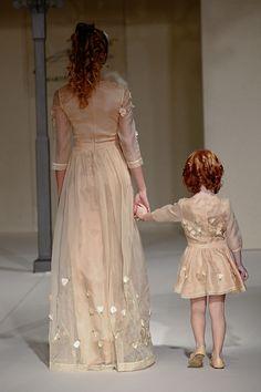 Vestiti Eleganti Mamma E Figlia.11 Fantastiche Immagini Su Mamma E Figlia Abiti Uguali Abiti