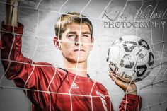 SOCcer player senior portraits | Soccer Senior Pictures that rock!