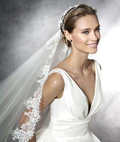 Plaza, original wedding dress with v-neck