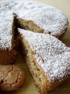 Pure Passion: From family cookbook - cake with macaroons Italian Cake, Italian Desserts, Sweet Recipes, Cake Recipes, Dessert Recipes, Rustic Cake, Macaron, Sweet Cakes, Love Food