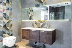 Zdjęcie nr 2 w galerii - Kolorowe płytki w łazience - aranżacje