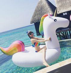 2016 Holiday cartoon unicorn floatie (giving manual pump)