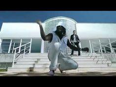 DANÇA KUDURO - Daddy kall part. Latino (OFICIAL) - YouTube 24 Hours News, Daddy Yankee, Music Videos, Youtube, Beanies, Daughter, Games, Activities, Kitchen